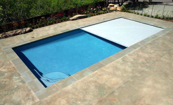 Best Automatic Pool Covers